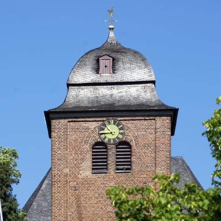 St Matthaeus_Alfter_ CC 3.0 by Prof. emeritus Hans Schneider (Geyersberg)